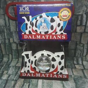 1996 Vintage Disney 101 Dalmatians Snow Dome